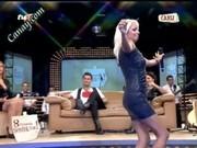 Видно трусики у знаменитостей видео